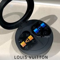 Louis Vuitton Unisex Wallets & Card Holders