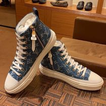 Louis Vuitton Monogram Unisex Sneakers