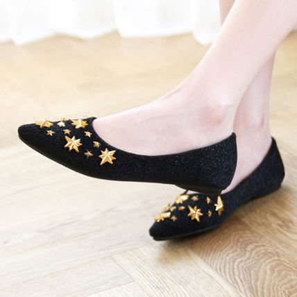 Star Casual Style Faux Fur Pointed Toe Shoes