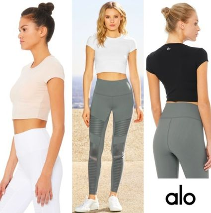 Blended Fabrics Yoga & Fitness Tops