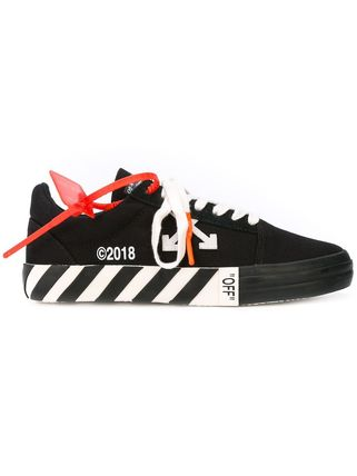 Off-White Sneakers Sneakers