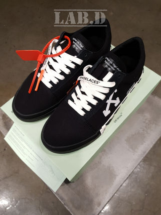 Off-White Sneakers Sneakers 11