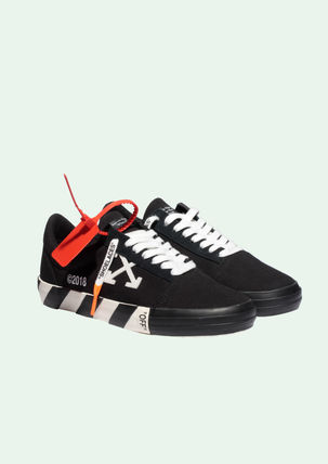 Off-White Sneakers Sneakers 12