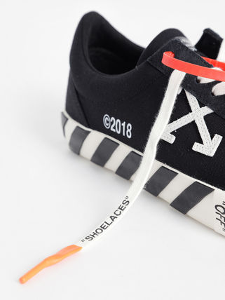 Off-White Sneakers Sneakers 16