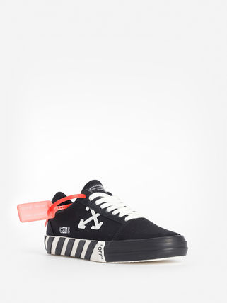 Off-White Sneakers Sneakers 17