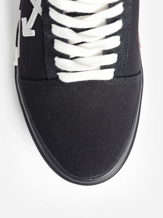 Off-White Sneakers Sneakers 19