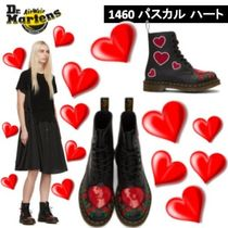 Dr Martens Heart Round Toe Rubber Sole Casual Style Blended Fabrics