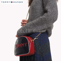 Tommy Hilfiger Casual Style Plain Leather Shoulder Bags