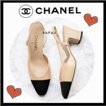 CHANEL ICON Bi-color Plain Leather Block Heels Elegant Style