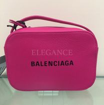 BALENCIAGA EVERYDAY TOTE Casual Style Calfskin Street Style Plain Shoulder Bags