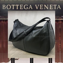 BOTTEGA VENETA Plain Leather Messenger & Shoulder Bags