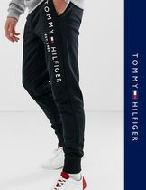 Tommy Hilfiger Street Style Joggers & Sweatpants