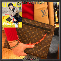 Louis Vuitton MONOGRAM Monogram Unisex Canvas Street Style Bi-color Chain Clutches