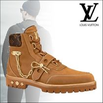 Louis Vuitton MONOGRAM Monogram Suede Street Style Chain U Tips Boots
