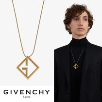 GIVENCHY Street Style Necklaces & Chokers