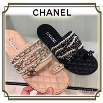 CHANEL Open Toe Chain Leather Elegant Style Sandals