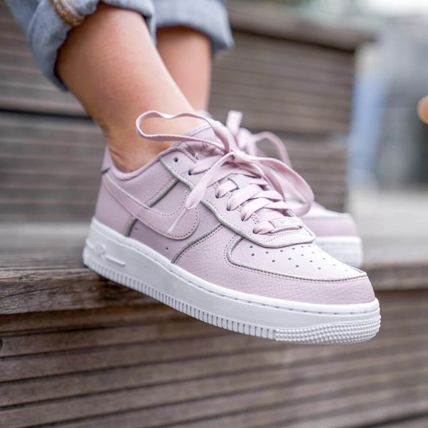 Nike AIR FORCE 1 2018 19AW Casual Style Street Style Plain Leather Low Top Sneakers (AT0073 600)