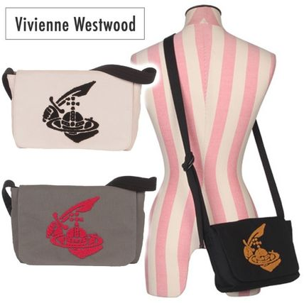 d377389390 Vivienne Westwood. Casual Style Blended Fabrics Street Style A4 Plain  2019  SS