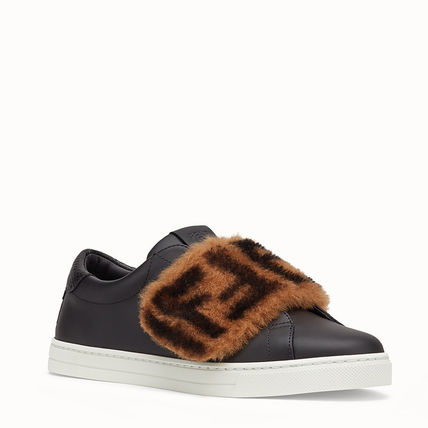 FENDI Low-Top Monogram Round Toe Rubber Sole Casual Style Plain Leather 3
