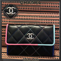 CHANEL ICON Unisex Lambskin Bi-color Plain Card Holders