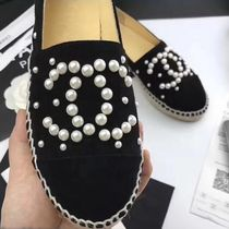 CHANEL Platform Round Toe Suede With Jewels Elegant Style