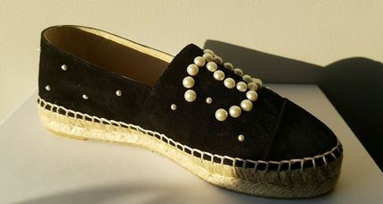 CHANEL Slip-On Platform Round Toe Suede With Jewels Elegant Style 6