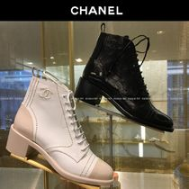 CHANEL Round Toe Lace-up Bi-color Plain Leather Block Heels