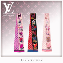 Louis Vuitton Monogram Silk Lightweight Scarves & Shawls