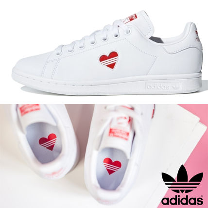 d9ae39d13243 ... adidas Low-Top Heart Round Toe Rubber Sole Casual Style Unisex Street  Style ...