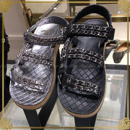 0051e98c9ac4 CHANEL 2019 SS Casual Style Chain Sport Sandals Flat Sandals by ...