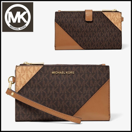 7ce3cacbcbd57 ... Michael Kors Long Wallets Adele Tri-Color Logo Smartphone Wallet ...