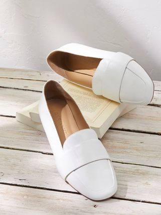 Plain Leather Loafer Pumps & Mules