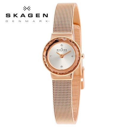 Casual Style Unisex Round Quartz Watches Stainless