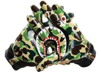 A BATHING APE Camouflage Unisex Street Style Collaboration Gloves Gloves