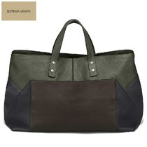 BOTTEGA VENETA Unisex A4 Bi-color Plain Leather Totes