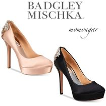Badgley Mischka Round Toe Pin Heels Party Style Stiletto Pumps & Mules