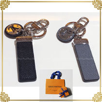 Louis Vuitton Plain Keychains & Holders