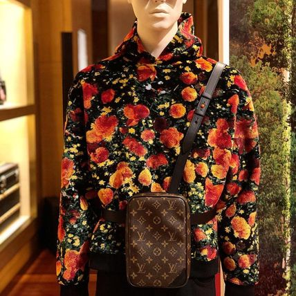Louis Vuitton Hoodies Flower Patterns Blended Fabrics Street Style Bi-color