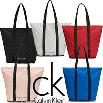 Calvin Klein Plain Shoppers