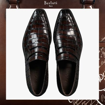 8eea190a15f Berluti Loafers Plain Leather Loafers   Slip-ons by コフレリア - BUYMA