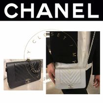 CHANEL ICON Street Style 2WAY Chain Plain Leather Handmade Elegant Style