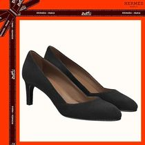 HERMES Round Toe Suede Pumps & Mules