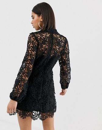 Short Long Sleeves High-Neck Lace Elegant Style Dresses