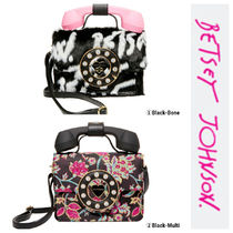 Betsey Johnson Flower Patterns Casual Style Shoulder Bags