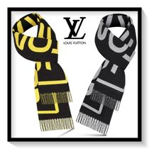 Louis Vuitton Unisex Wool Scarves