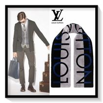 Louis Vuitton Unisex Scarves