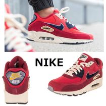 Nike AIR MAX 90 Suede Sneakers