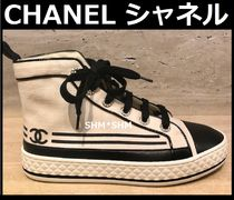 CHANEL SPORTS Stripes Round Toe Rubber Sole Casual Style Low-Top Sneakers