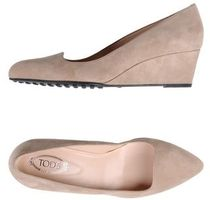 TOD'S Suede Pumps & Mules