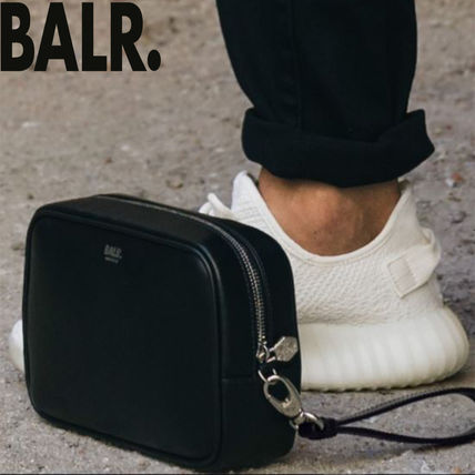Unisex Street Style Leather Clutches